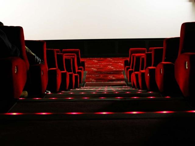 81 درصد جمعیت ایران سال گذشته یک بار هم سینما نرفته اند