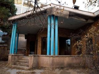 چه بر سر خانه نیما یوشیج میآید؟ / میراث فرهنگی بودجه ندارد شهرداری عجله ندارد
