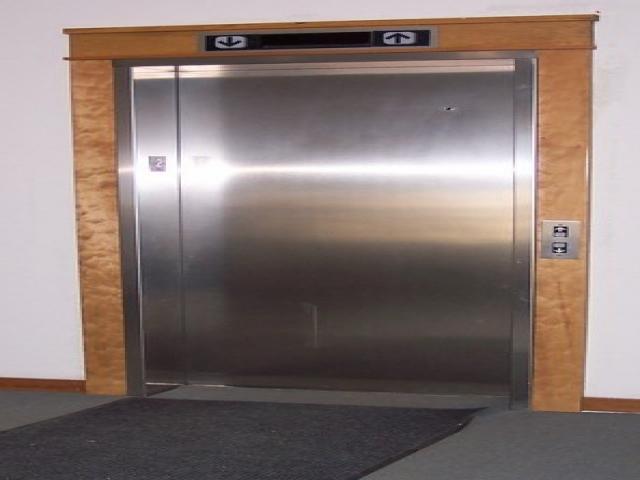 آسانسور چیست؟ قیمت بازار، قطعات و انواع آسانسور