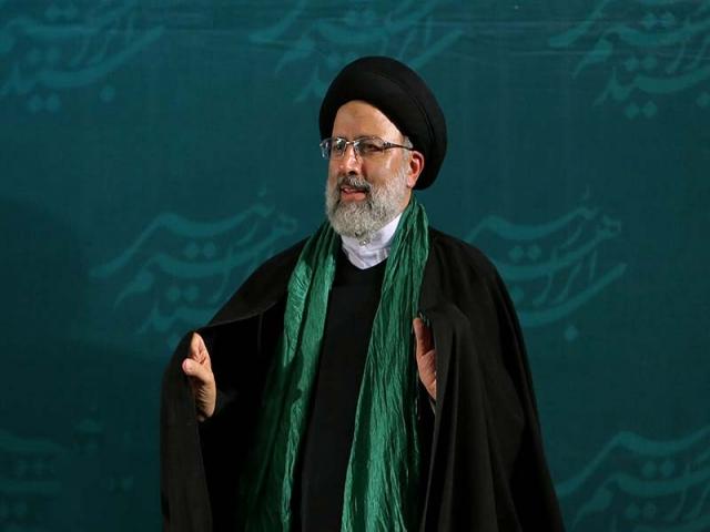 هفته آینده حجتالاسلام رئیسی، رسما بعنوان رئیس قوه قضائیه منصوب میشود / معرفی حجتالاسلام مروی در آستان قدس قطعی شد