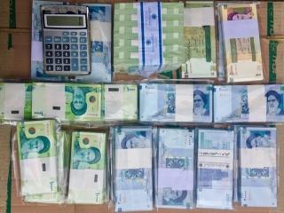 توزیع اسکناسهای نو از 20 اسفند / تاریخ انقضای کارتهای بانکی 5 ساله میشود