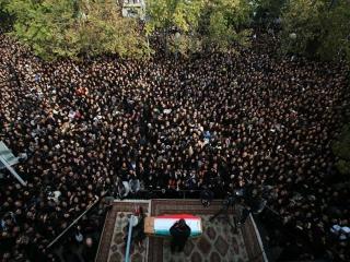 افروغ: تشییع پیکر پاشایی، اعتراض سیاسی بود