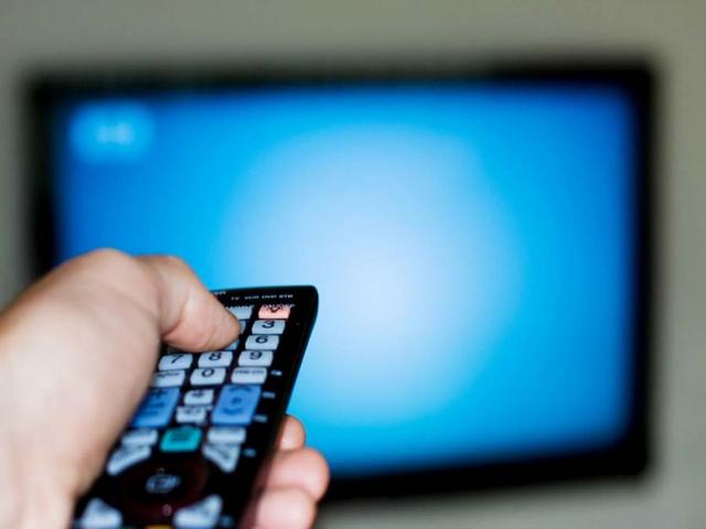 مجریان سال تحویل تلویزیون چه کسانی هستند؟