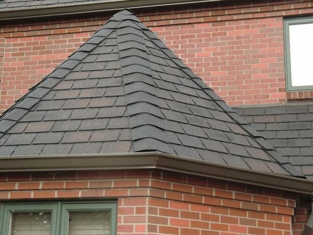 سقف شینگل چیست؟ پوشش بام های شیبدار