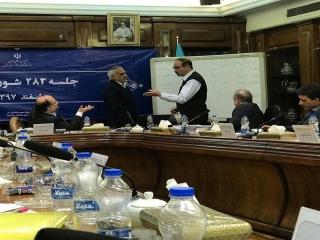 آغاز جلسه تعیین مزد شورای عالی کار/ تعیین حقوق کارگران در سال 98