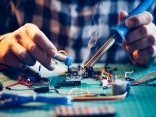 کلاس و دوره آموزشی مهندسی برق