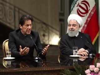 ایران و پاکستان برای مبارزه با تروریسم در مرزهای خود نیروی واکنش سریع مشترک تشکیل میدهند / ایران آماده تامین نیازهای نفت و گاز اسلامآباد است