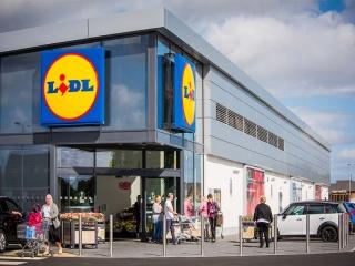 عذرخواهی فروشگاه آلمانی به علت استفاده از واژه جعلی برای خلیج فارس