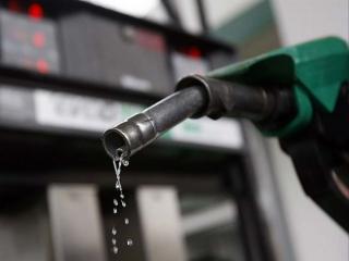 جزئیات قیمت بنزین سهمیه ای و آزاد / بنزین از فردا شب سهمیه بندی میشود
