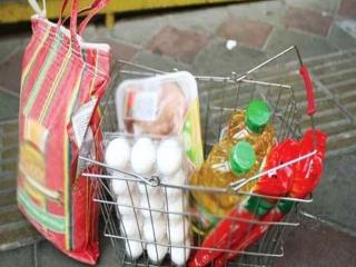 بسته غذایی ماه رمضان امشب به حساب مددجویان کمیته امداد و بهزیستی واریز میشود