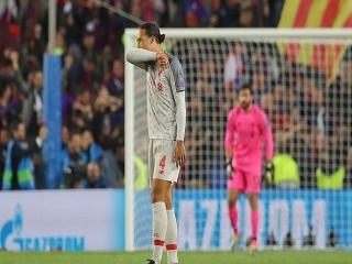 حرکات عجیب فن دایک در برابر بارسلونا