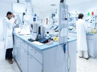 آزمایشگاه یا لابراتوار چیست؟