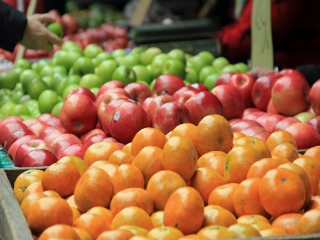 قیمت میوه کاهش پیدا کرد