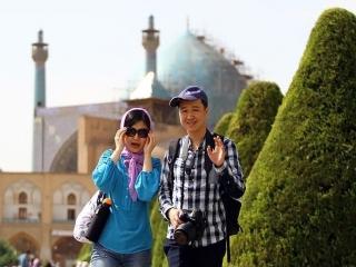 لغو روادید برای چینی ها اجرایی شد / سفر 21 روزه چینیها «بدون ویزا» در ایران