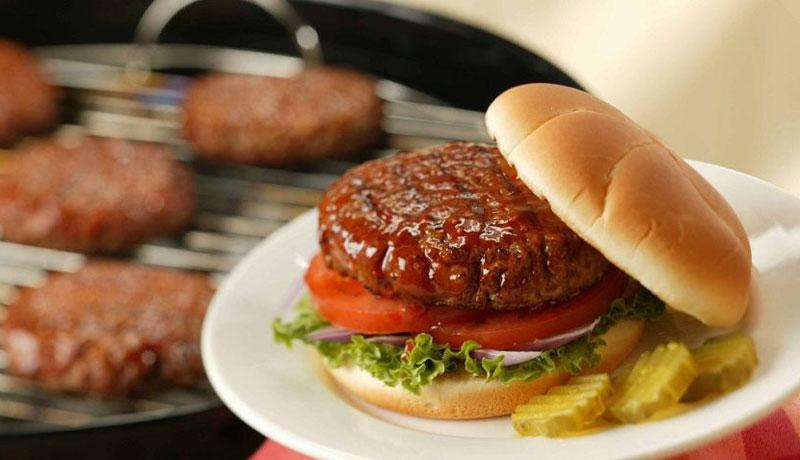 همبرگر برای مسفرت تابستان