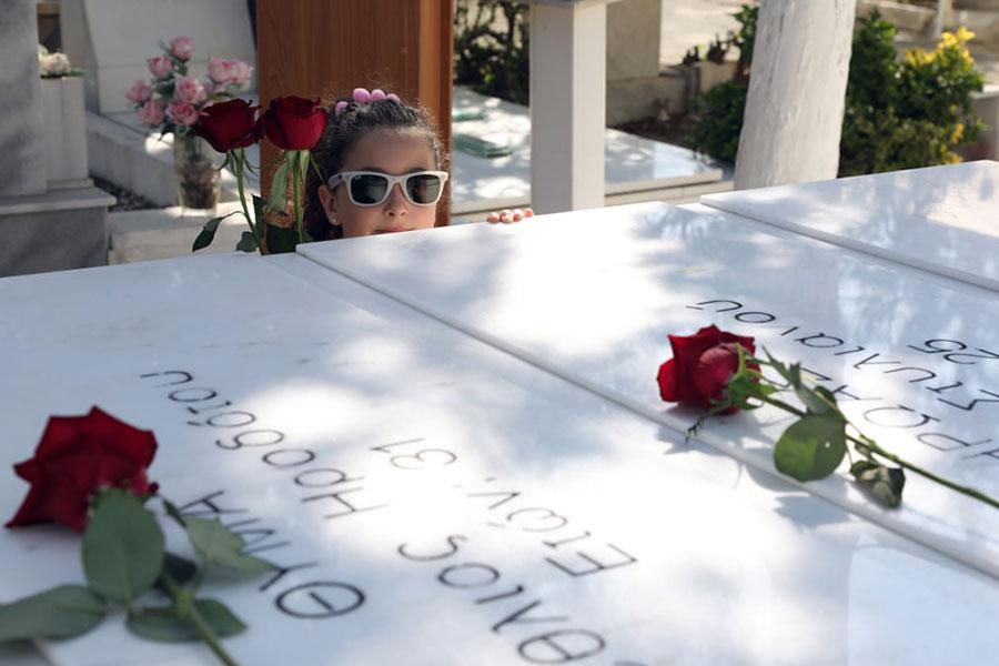 گرامیداشت قربانیان کودتا در چهل و پنجمین سالگرد کودتای قبرس در کلیسایی در شهر نیکوزیا