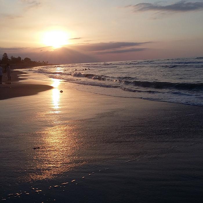 ساحل دریای خزر در متل قو