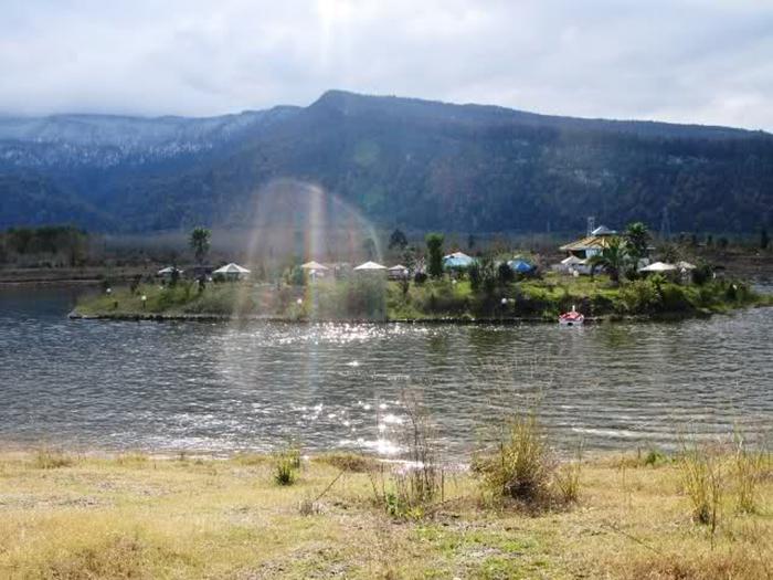 دریاچه اسبچین در سلمانشهر