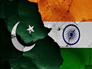 ادامه تنش ها بین مرز هند و پاکستان ؛ تبادل شدید آتش در مرز دو کشور