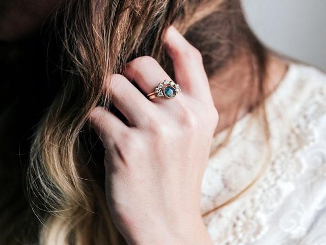 راهنمای خرید انگشتر جواهر + تصاویر