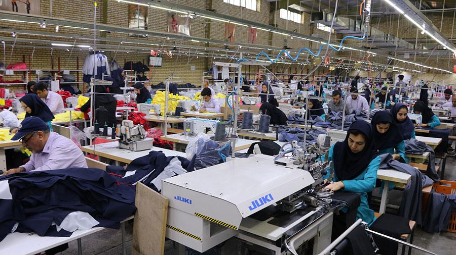 قیمت پوشاک 30 درصد افزایش یافت - Clothing prices rose 30 percent