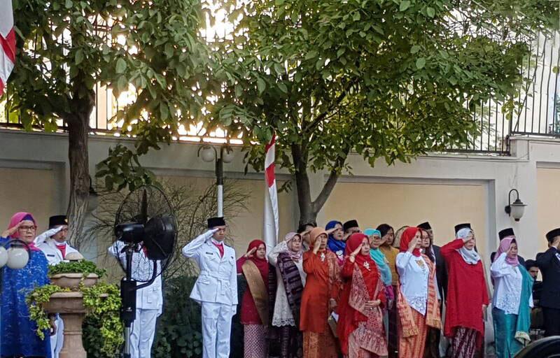 مراسم روز ملی اندونزی صبح شنبه با سخنرانی اکتاوینو علیمودین سفیر این کشور در تهران در محل اقامت سفیر برگزار شد