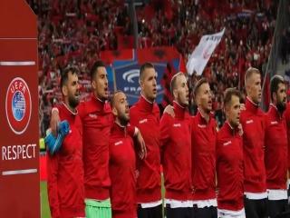 اشتباهی مضحک در دیدار دو تیم فرانسه و آلبانی !