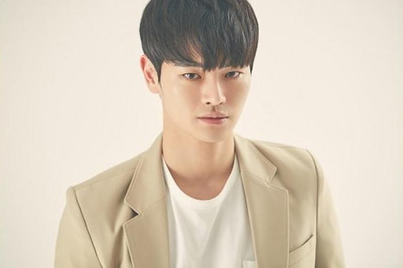 Jang Dong Joo در نقش Kim Han Soo