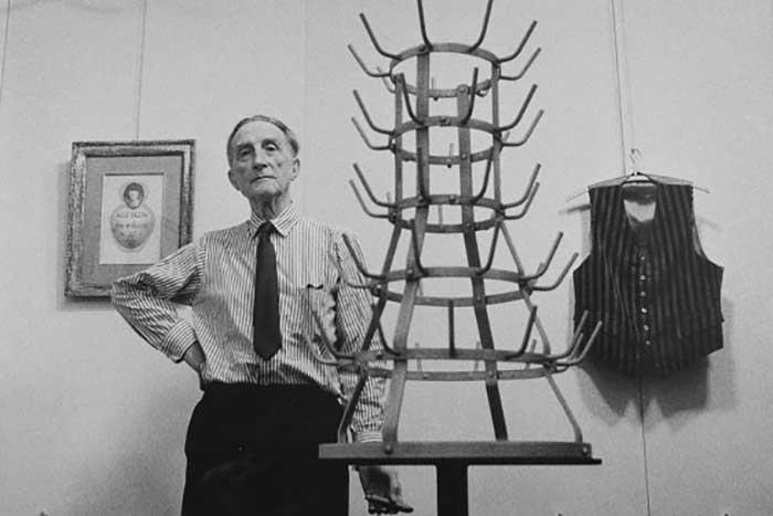 مارسل دوشان نقاش و مجسمه ساز دادائیسم فرانسوی
