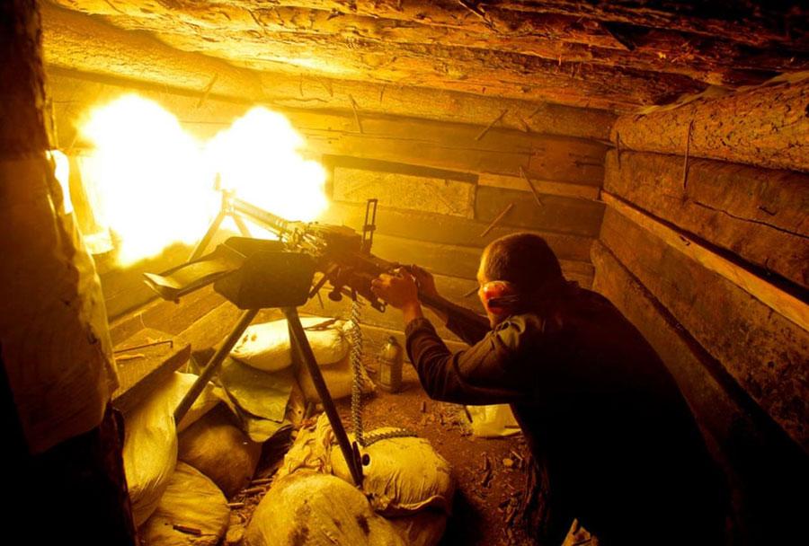 نبرد نیروهای دولتی اوکراین با جداییطلبان مورد حمایت روسیه در ایالت دونتسک در شرق اوکراین