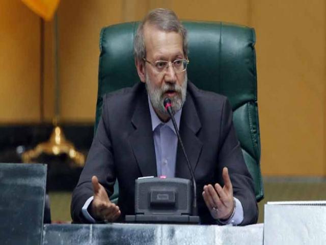 رئیس مجلس : سهمیه سوخت برای مردم با نرخ فعلی باقی بماند