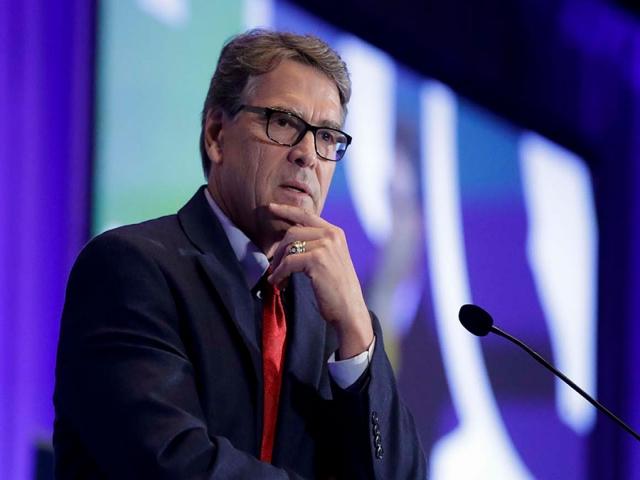 وزیر انرژی آمریکا استعفا میکند