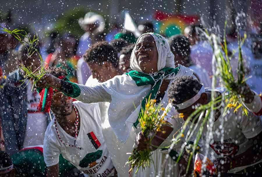 جشنواره سالانه شکرگزاری از باران و برداشت محصولات کشاورزی در اتیوپی