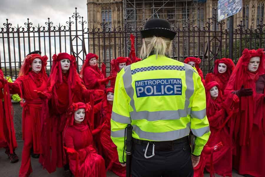 اعتراضات جنبش شورش علیه انقراض  در لندن