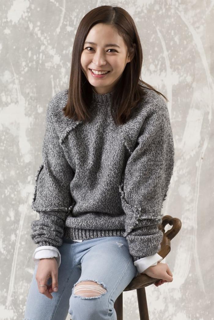 Park Hee Bon در نقش Wi Ye Nam