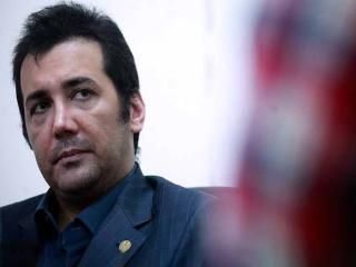 واکنش حسام نواب صفوی به خبر باطل شدن پروانه وکالتش
