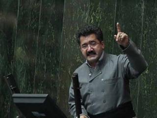 محمد قسیم عثمانی استعفای خود را تقدیم هیئت رئیسه مجلس کرد