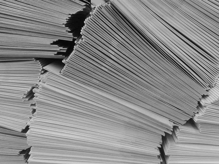 قیمت انواع کاغذ نصف شد - The price of all kinds of paper halved