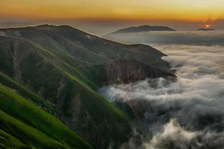 ارسباران یا قرهداغ ناحیه کوهستانی وسیعی است در شمال استان آذربایجان شرقی، که از شمال کوه قوشاداغ در جنوب اهر تا رود ارس گسترده است.