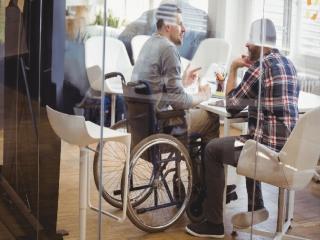 استخدام «معلولان» در دستگاه ها اجباری شد