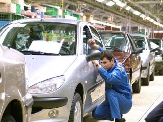 امتناع وزارت صنعت از انتشار ماهانه گزارش کیفی خودروهای داخلی