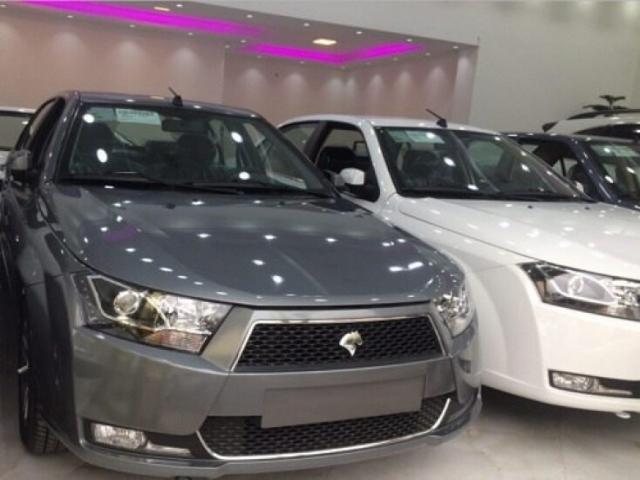 تثبیت بازار ارز و عرضه خودروسازان
