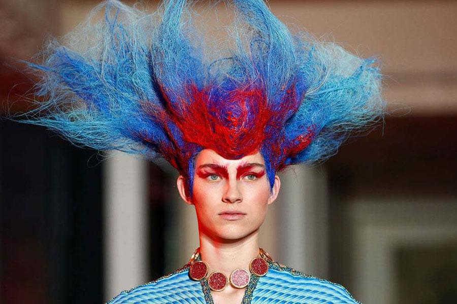 موهای یک مدل در هفته مد پاریس