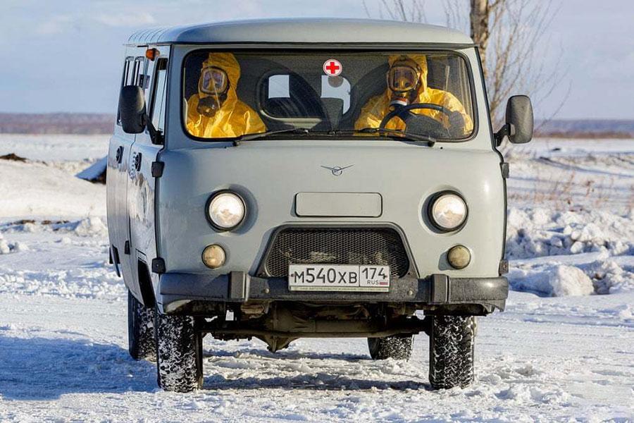 برگزاری مانور مقابله با ویروس کرونا در فرودگاه شهر چلیابینسک روسیه