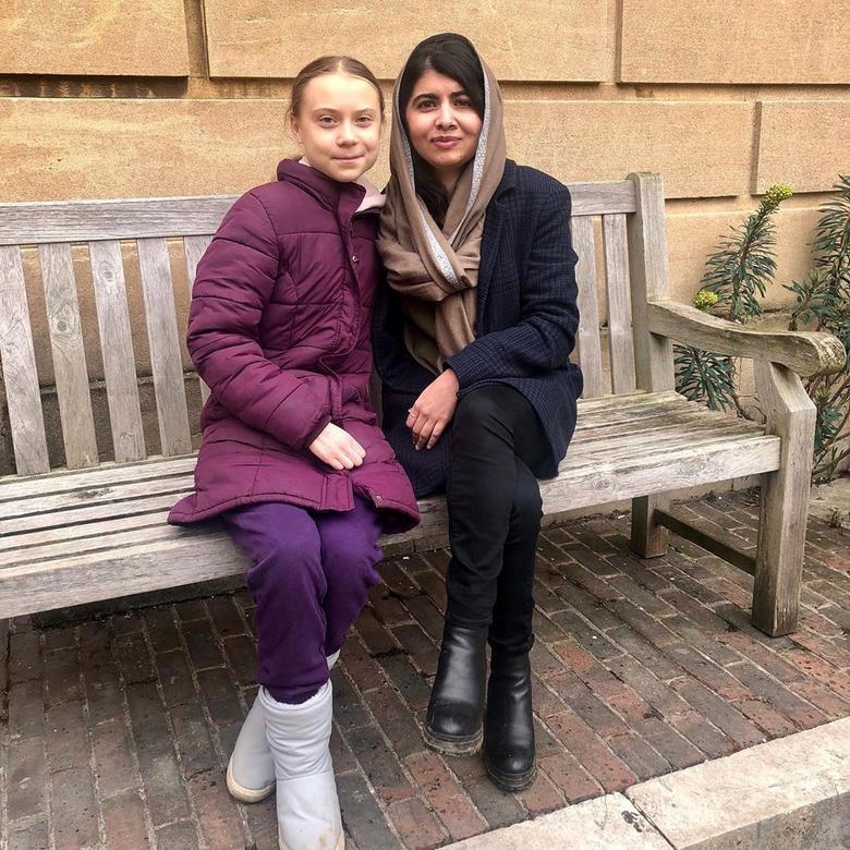 دیدار گرتا تونبرگ فعال نوجوان سوئدی محیط زیست با ملاله یوسف زی دختر پاکستانی برنده نوبل صبح در دانشگاه اکسفورد بریتانیا