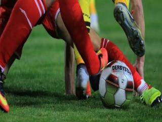 همه رقابتهای فوتبال ایران تا 14 فروردین تعطیل شد