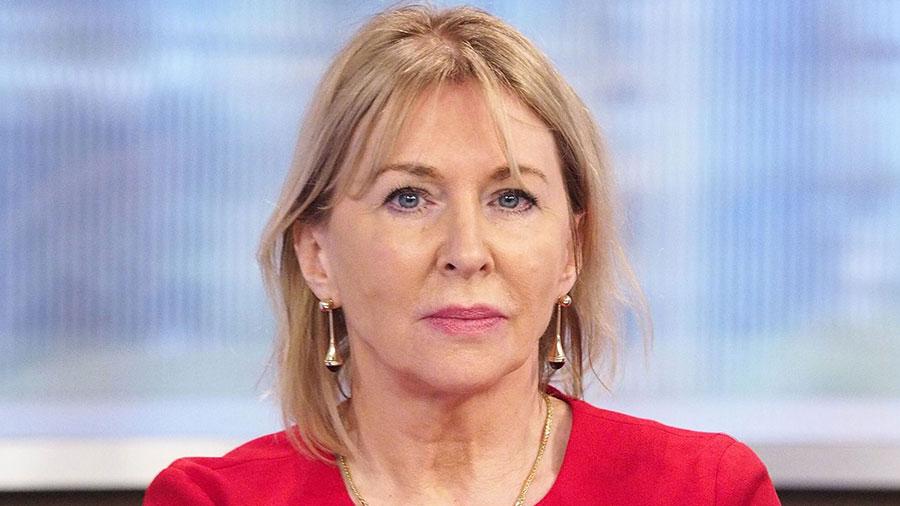 معاون وزیر بهداشت انگلیس کروناویروس گرفت - The Deputy Minister of Health was infected by Coronavirus