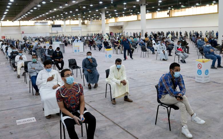 مرکز انجام تست کرونا از مهاجران در کویت
