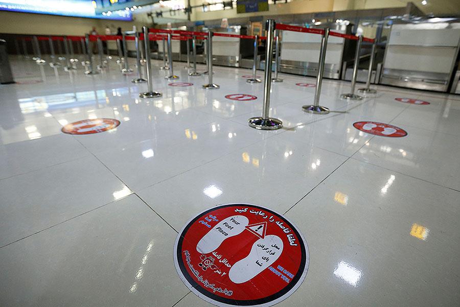 اجرای طرح فاصله گذاری اجتماعی در فرودگاه مهرآباد