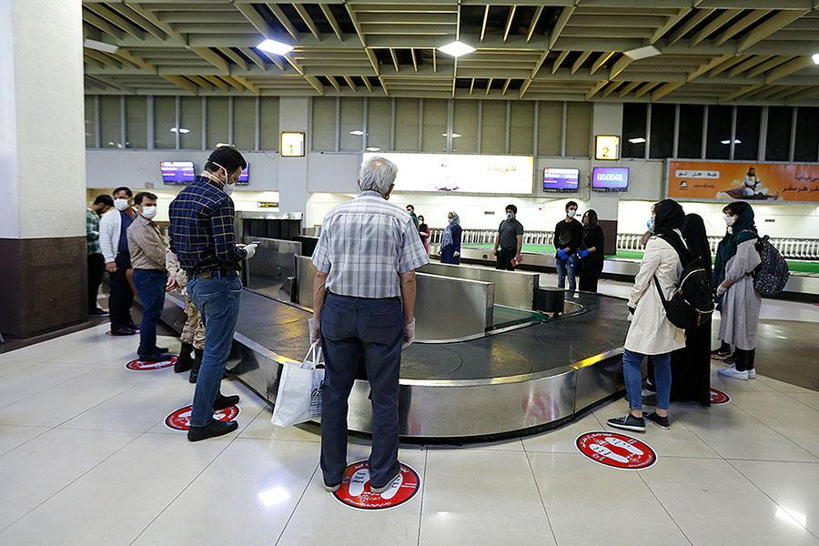 طرح فاصله گذاری اجتماعی در فرودگاه مهرآباد